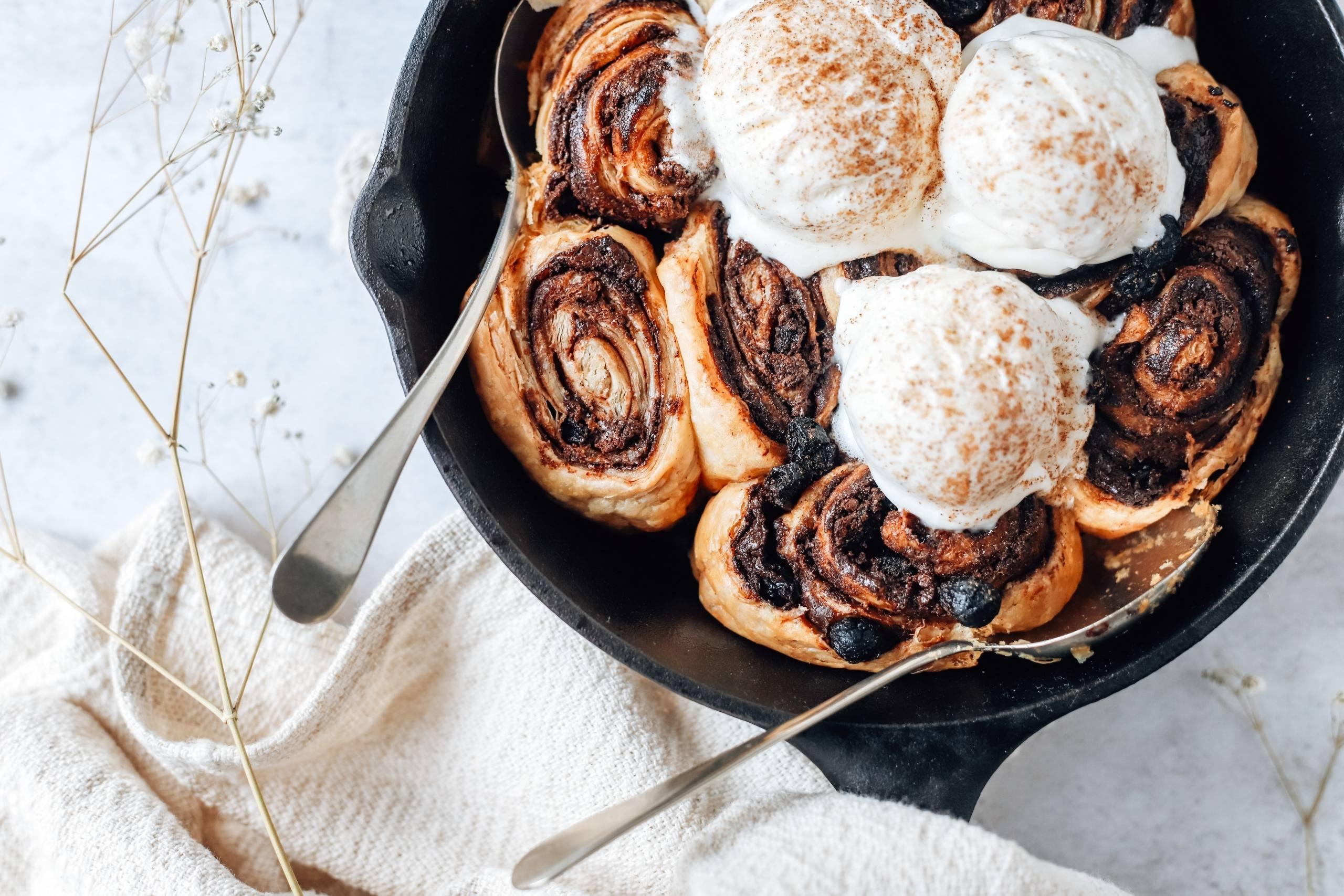 festive skillet dessert